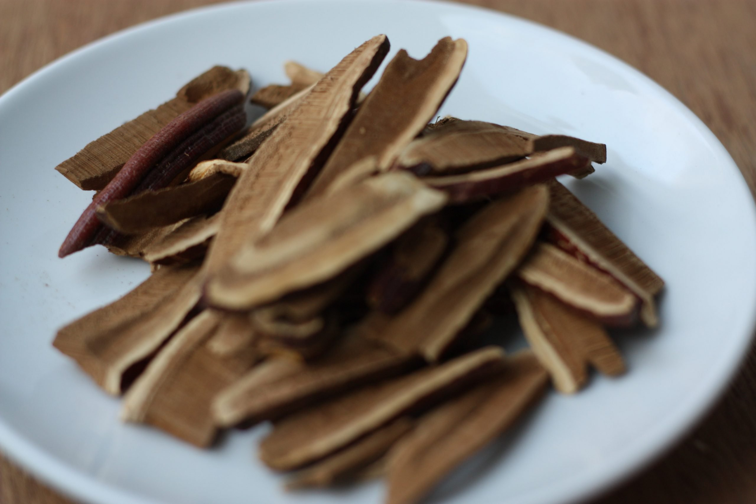 Sliced reishi has a variety of health benefits